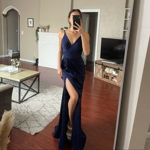 NWT Prom V Neck Ruched Open Back Dress by Faviana